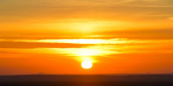 Panoramabild - Sonnenaufgang in der Wüste