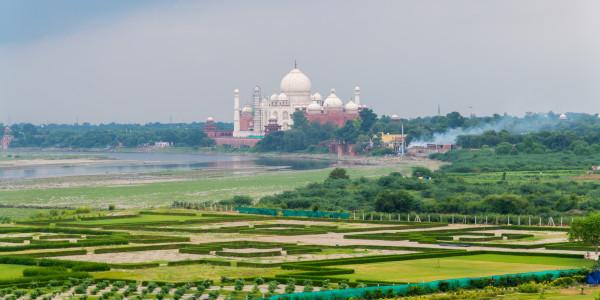 Panoramabild - Blick auf Taj Mahal