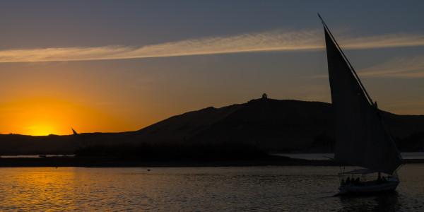 Panoramabild - Sonnenuntergang auf dem Nil 2