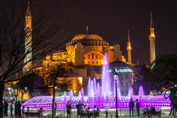Hagia Sophia in Istanbul bei Nacht
